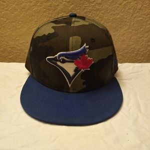 Toronto Blue Jays Fitted Hat, Socks and Cards